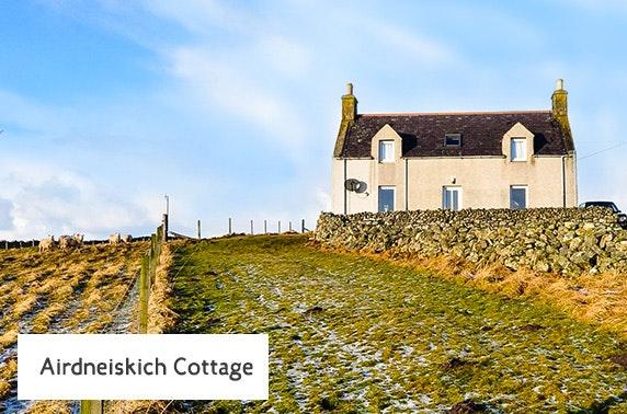 Coastal Highland cottage getaway - £9.50pppn