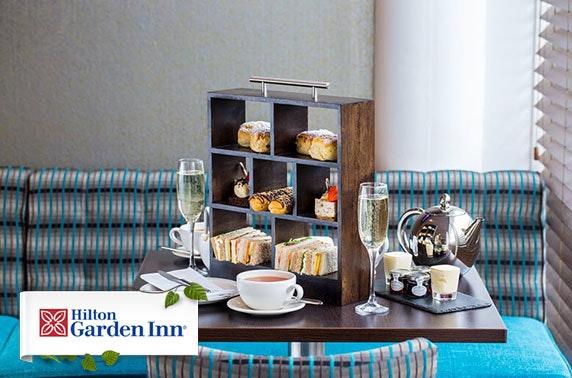 Hilton Garden Inn Prosecco afternoon tea, Finnieston