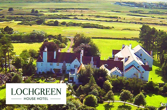 Luxury lodge stay at 5* Lochgreen, Troon
