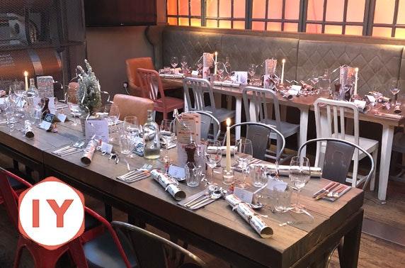 Indigo Yard Christmas dining & Prosecco