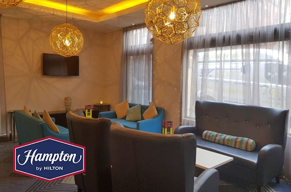 Hampton by Hilton Prosecco & nibbles, City Centre
