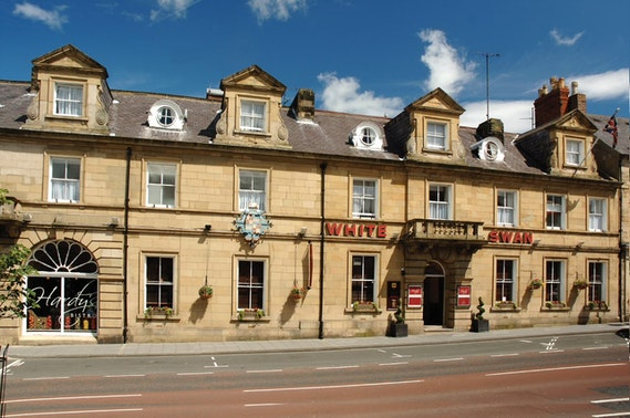 3 course festive dining at The White Swan, Alnwick