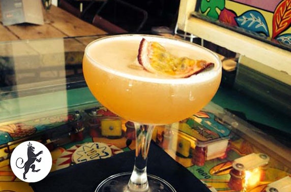 The Lioness of Leith cocktails & nachos