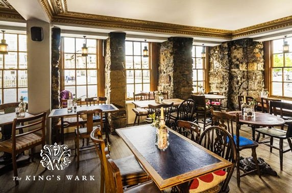 The King's Wark Prosecco dining