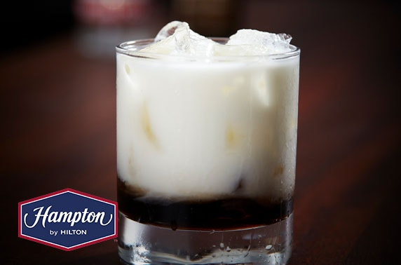 Hampton by Hilton drinks & nibbles