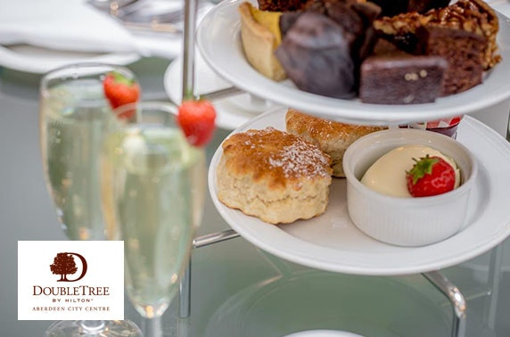 Prosecco afternoon tea at DoubleTree by Hilton