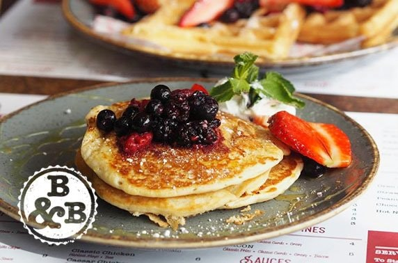 Brunch or burgers & optional cocktails at Burger & Bun, Bearsden