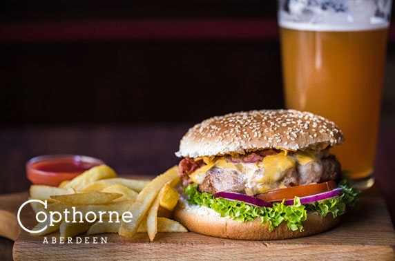Burgers & drinks, 4* Copthorne Hotel