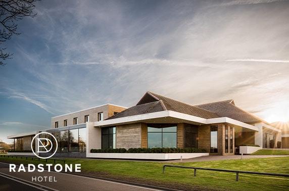 Award winning Radstone Hotel DBB, Lanarkshire - £69